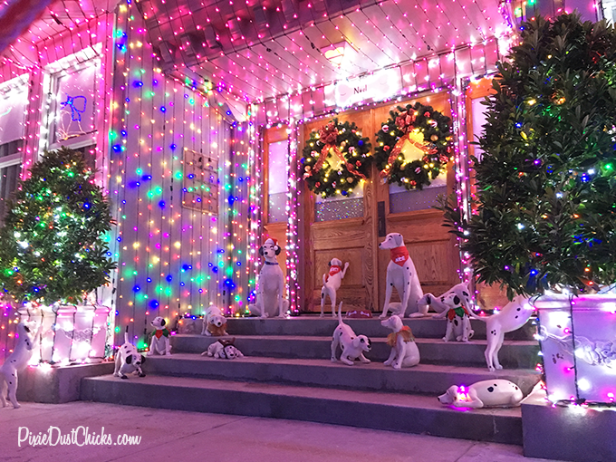 Osborne Family Spectacle of Dancing Lights at Disney's Hollywood Studios! | PixieDustChicks.com