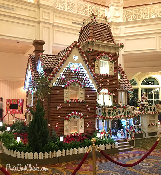 Life-size Gingerbread House at Disney's Grand Floridian Resort in Florida! | PixieDustChicks.com
