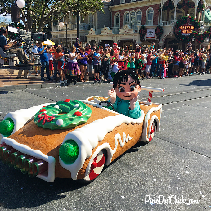 Vanellope Von Schweetz from Wreck-It Ralph in Disney's Christmas Day Parade 2015 at the Magic Kingdom! | PixieDustChicks.com